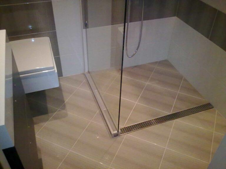 почистване на баня от професионална фирма